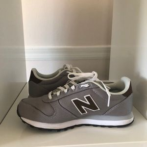 New Balance Sneakers 311 Silver Driftwood Size 7.5